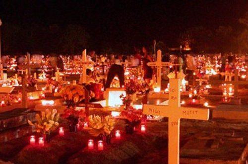 Article : Toussaint-Fête des Morts versus Halloween: quand les traditions se perdent…